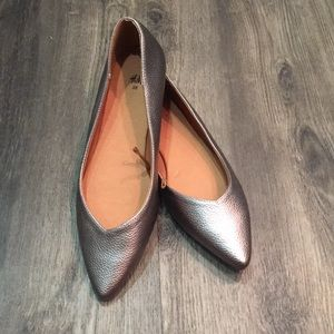 Pewter Pointed Flats